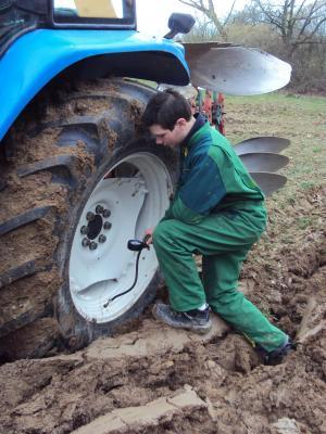 Pression pneu TS90 Charrue Kverneland